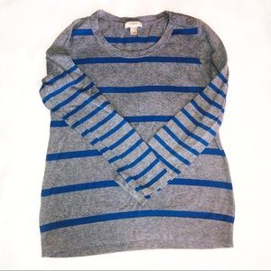 Any Taylor Loft size large sweater. EUC